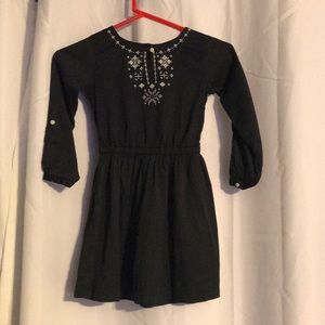 Embroidered dress size 6x